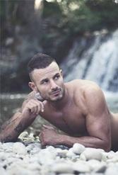 Vign_stripteaseur-21-cote-d-or-dijon-beaune-chenove-talant-quetigny-longvic-genlis-auxonne-bourgogne-anniversaire-sexy-evjf-domicile