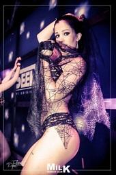 Vign_stripteaseuse-34-herault-montpellier
