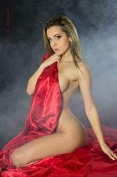 Vign_stripteaseuse-annecy